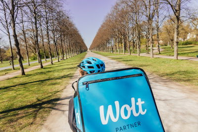 Wolt_Courier_Bicycle_3