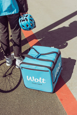 Wolt_Courier_Bicycle_4