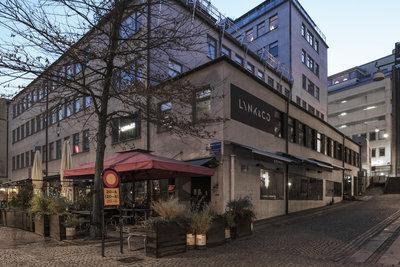 Exterior_side_Magasinsgatan_Lynk&Co